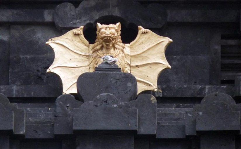 Chauve-souris dorée - Goa Lawah