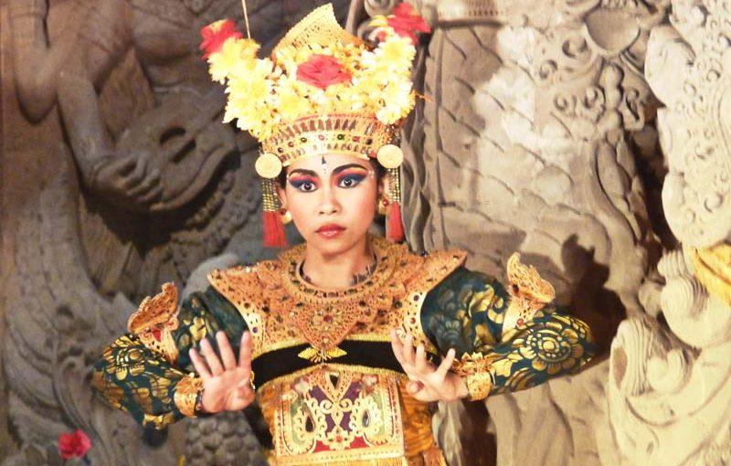 Legong dance au Balai banjar Ubud kelod